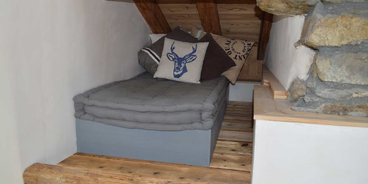 Chalet Swift Pleisure La Praz Courchevel Cosy Nook